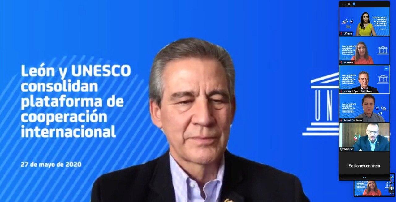 Firman convenio de colaboración León y la UNESCO