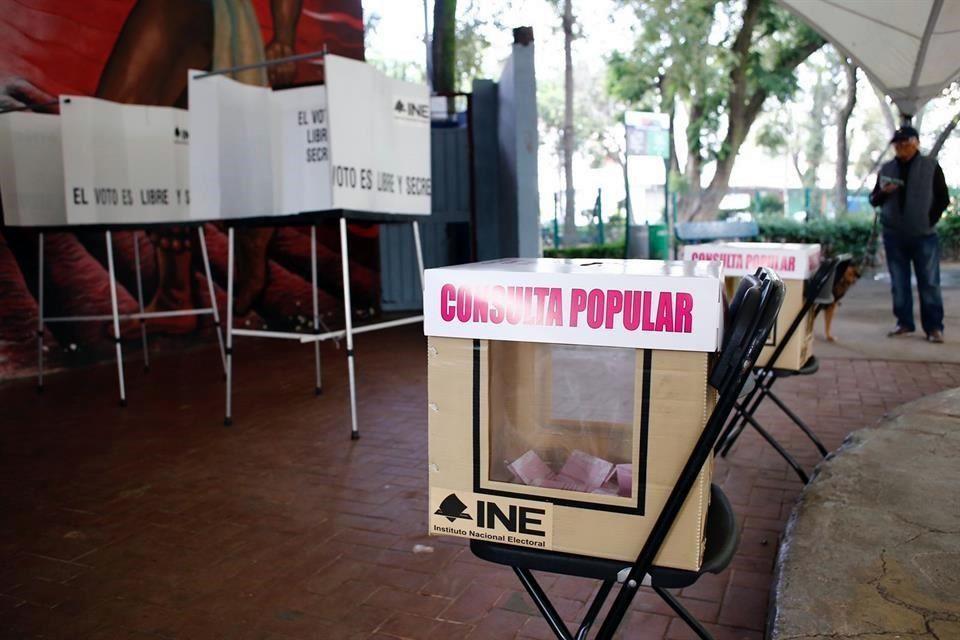 Fracasa consulta popular, AMLO ni siquiera votó